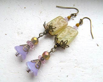Neo Victorian, Lavender Flower Earrings, Pastel Earrings, Lilacs, Artisan Jewelry, Antiqued Brass Earrings, Glass Bead Dangle Earrings