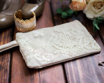 Personalized Wedding Clutch - Custom Bridal Clutch - Ivory Bridesmaid Purse - Lace Clutch - Ivory Bridal Clutch - Bridal Ivory Clutch