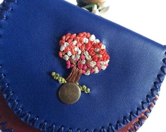 Life Tree Leather Coin Bag, Change Purse with Wax Linen, Handmade Wallet
