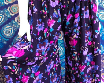 Purple Flowers - Funky Flared Handmade Flow Pants - Yoga - Fun for Summer