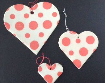 Ceramic Polka Dot Heat Ornament