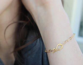simple gold chain bracelet gold filled bracelet brass clasp dainty gold jewelry everyday jewelry minimal jewelry simple bracelet elegant