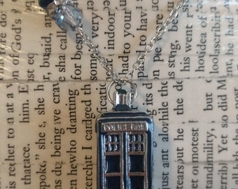Doctor Who - 3D TARDIS Necklace