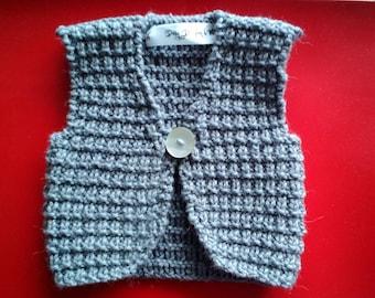 Wool and alpaca hand knitted sleeveless Gardigan