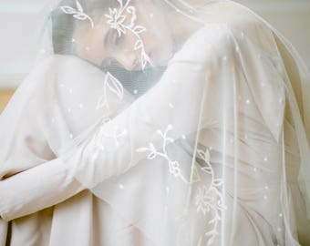 Cafe fingertip wedding veil with floral embroidery