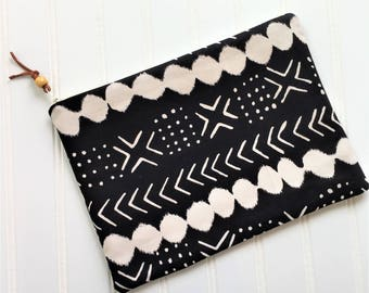Mud Cloth Zip Pouch - makeup pouch - zipper pouch - electronic pouch - bridesmaid gift - gift for her - mud cloth Bag - mud cloth zip pouch