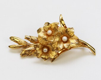 Gold Flower Brooch - Vintage 1970s Gold Tone Floral Pearl Pin