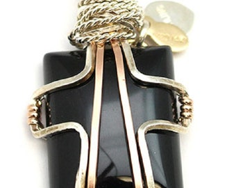 Black Onyx Wire Wrap Pendant