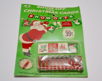 Vintage Christmas Card Holder / Banner Maker: Twine and Pins, Unused in the Original Package
