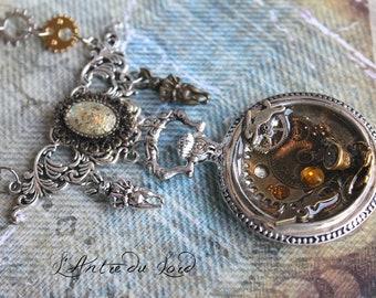 Necklace steampunk Alice in Wonderland resin way Silver Pocket Watch