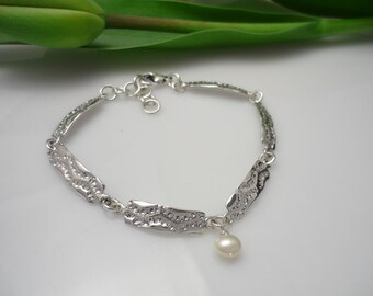 Silver bracelet with freshwater pearl charm, womens silver bracelet, sterling silver bracelet, silver Bracelet, adjustable bracelet