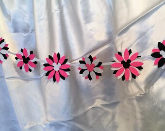 Mickey Mouse Flower Reversible Banner, Garland with Ribbon, Hot Pink-Black-White Colorful Party Decor, Disney Party, Disney Wedding