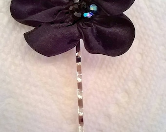 Black Silk Satin Ribbon Flower on Silverplated Bobby Pin or Alligator HairClip - Wedding, Bridesmaid, Prom, Quinceanera  -  Hair Accessory