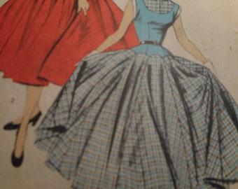 Vintage 1950's Advance 6509 Dress Sewing Pattern Size 14 Bust 32