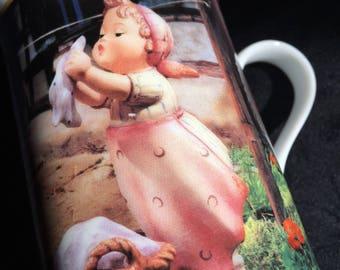 """Hummel """"Wash Day"""" March Mug Of The Year / Danbury Mint - #R0089"""