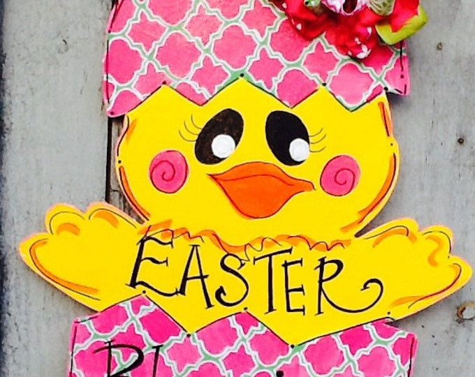 Easter chick door hanger, Easter basket door hanger, easter chick sign, easter chick door sign, easter door sign, easter door hanger,