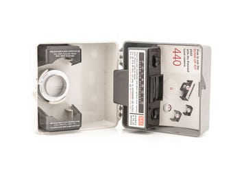 Polaroid Close-UP Kit 543 with flash diffuser for Polaroid Land Cameras 101, 102, 103, 135, 100, 230, 240, 340, 440
