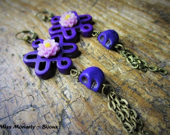 "Boho Chic Earrings ""Changhaï Lily"" / Chinese Knot / Purple Howlite / Skull"