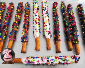 Rainbow Pretzel, Rainbow Food, Rainbow Candy, Sweet Shop Party, Candy Pretzel, Chocolate Pretzel, Pretzel Favor, Birthday Candy, Art Party