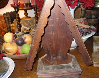 Carved wood niche for statuary ornaments...beautiful!