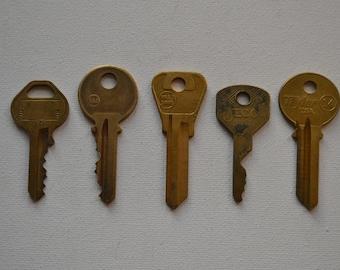 Set of 5 Original Vintage Salvaged Industrial Gold Brass Plated Keys