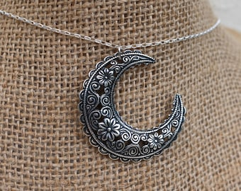 "Antiqued Silver Crescent Floral Filigree pendant necklace with Sterling Silver 18"" chain"