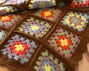Elle family knit family knit granny squares blanket fandeluxe Choice Image