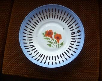 SALE Vintage Europe Kitchen  Galvanized Bow, Anamel Colander, Enamel  Vintage Fruit Tray Plate Bowl, Enamel  Farmhouse  Decor.