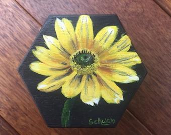 Tea box - hand painted, yellow daisy, flower