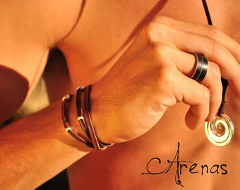 Maori Necklace - Maori Pendent - Maori Jewelry - Maori Koru - Koru - Spiral Maori - Maori Art - Tribal Necklace