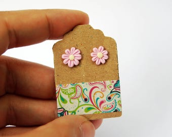 Pink-lobed Fimo daisy Earrings-Little Things Collection