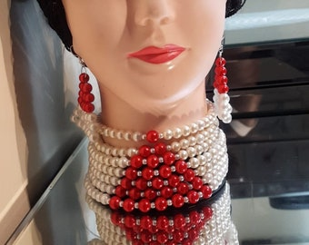 Choker pearl necklace and earrings