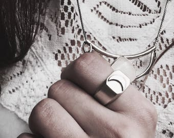 Let me be your moon• Silver occult ring.