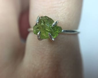 Raw Peridot Ring - Sterling Silver & 14k Gold Fill