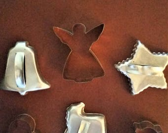 Cookie Cutters Set Lot of 6 Vintage and New Christmas Holiday EUC and New Condition No Defects