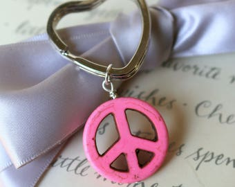 Peace charm keyring multiple colors of Resin Howlite on heart key chain