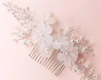 Bridal flower hair comb, Wedding floral pearl and crystal hair comb, Wedding hair accessory, Wedding floral flower headpiece. Style: #4012.