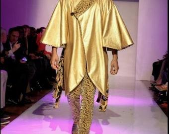 Reversible gold faux leather Fleece Cape, Ray Vincente