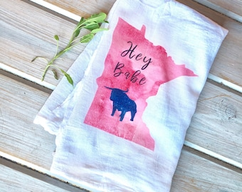 Hey Babe the Blue Ox Kitchen Towel, Paul Bunyan Kitchen Towel, Minnesota Gifts for Home, MN gifts for Mom. MN Valentines Day Gift Ideas