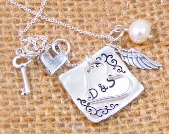 Mother's Necklace  - Couple's necklace -  - Personalized Mommy Necklace -  Wedding Gift - Bride Gift - Gift for Wife