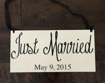 Just Married Sign Wedding Sign Personalized Wedding Signs Wedding Date Important Dates Photo Prop for Wedding Bride and Groom Sign