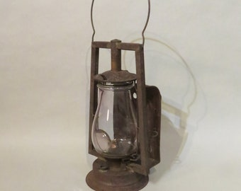Dietz Buckeye Dash Lantern - New York c1890 - Rust appeal - Clear Globe with Good Lens