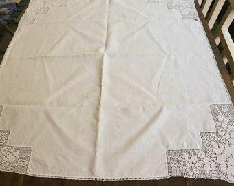 "White Lace Tablecloth,  Vintage Tablecloth 35"" by 35"", Table Topper"