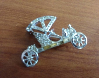 Vintage Car pin Gorgeous