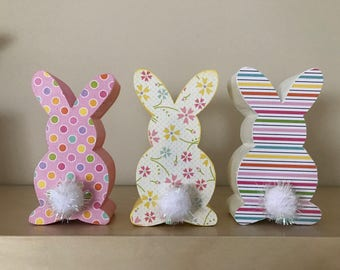Small Easter Bunnies // Easter Decoration