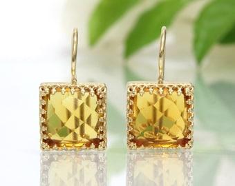 SUMMER SALE - gold gemstone earrings,Citrine earrings,square dangle earrings,faceted earrings,gold earrings