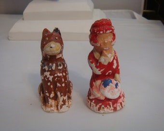 Vintage Orphan Annie & Sandy Chalk ware Salt And Pepper Shakers Unretouched