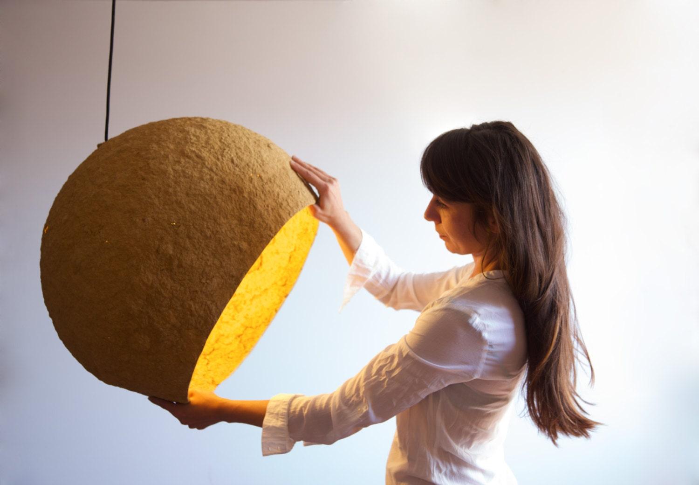 pappmach lampe jupiter lampe pappmach h ngelampe. Black Bedroom Furniture Sets. Home Design Ideas