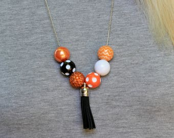 Game Day Necklace, Game Day Jewelry, Black and Orange Necklace, Tailgate Necklace, Football Necklace, Football Necklace, Graduation Gift