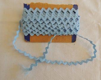 Color light blue croquet width 1 cm